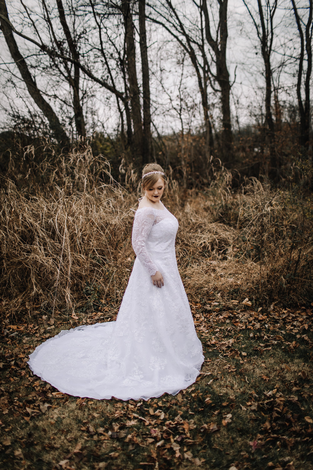 billie-shaye-style-photography-www.billieshayestyle.com-winter-wedding-the-belle-hollow-clarksville-tennessee-8987.jpg