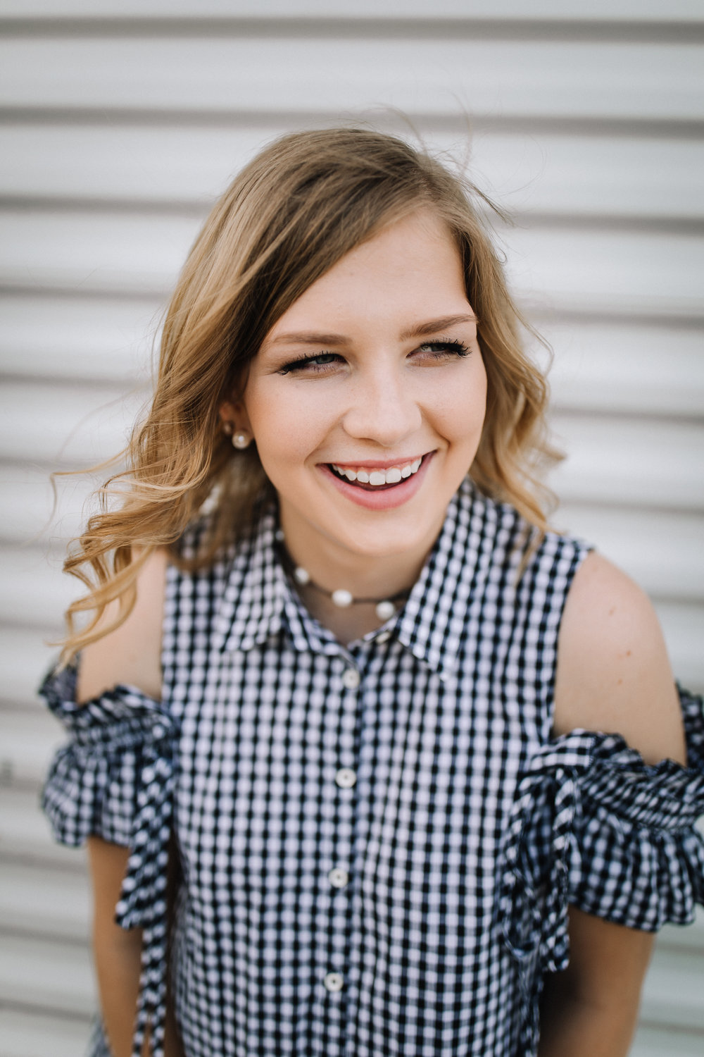 billie-shaye style photography - www.billieshayestyle.com - class of 2019 - senior portrait experience - country farm creek crop land - nashville tennessee-3844.jpg