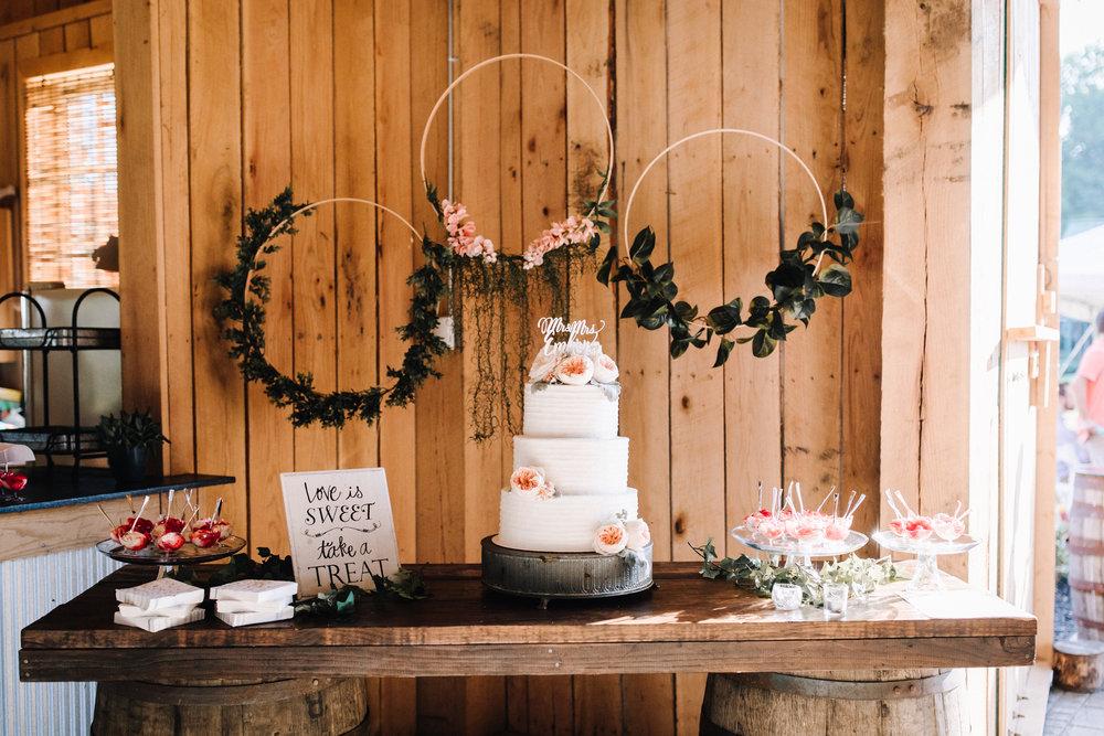 billie-shaye style photography - www.billieshayestyle.com - elkins grove wedding venue - modern classy summer outdoor wedding - bowling green kentucky-2603.jpg