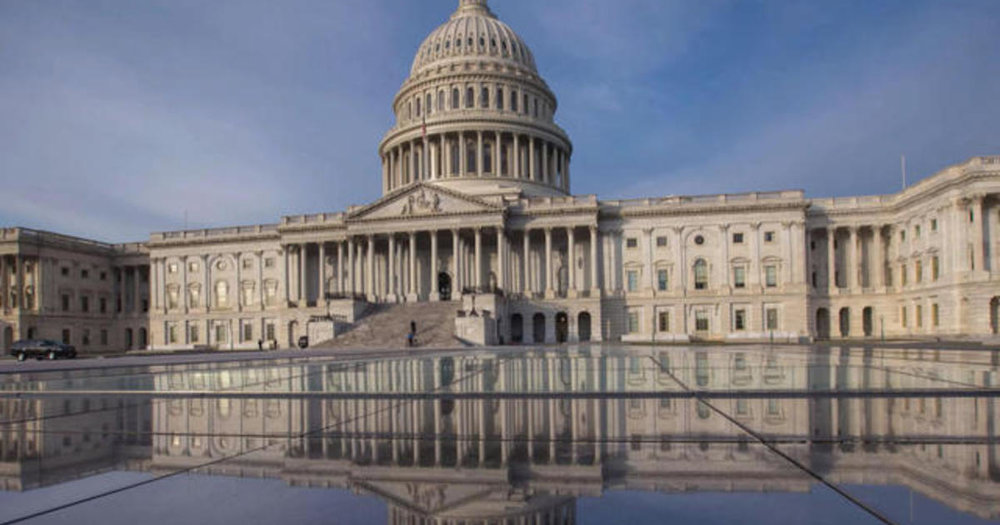 0116-social-governmentshutdown-1483006-640x360.jpg