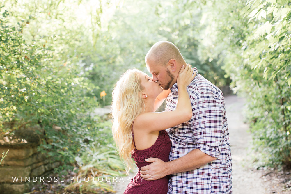 Plummer-House-Rochester-Engagement-Session-Minnesota-Portrait-Photography-7.jpg