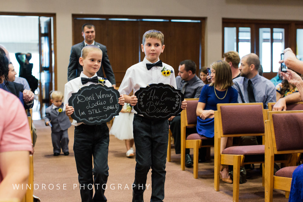 La-Crosse-Country-Club-Wedding-Minnesota-Wedding-Photographer-19.jpg