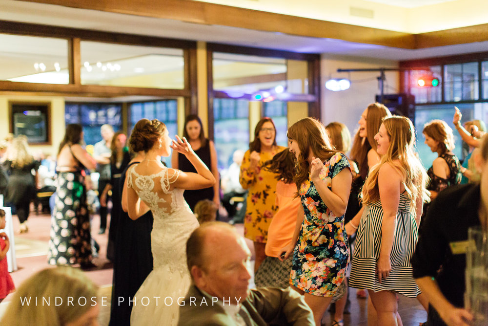 La-Crosse-Country-Club-Wedding-Minnesota-Wedding-Photographer-47.jpg
