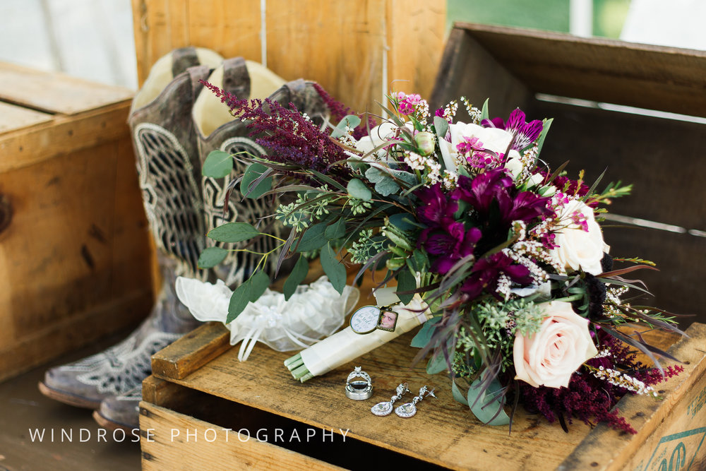 Zumbrota-Country-Wedding-Minnesota-Wedding-Photographer-2.jpg