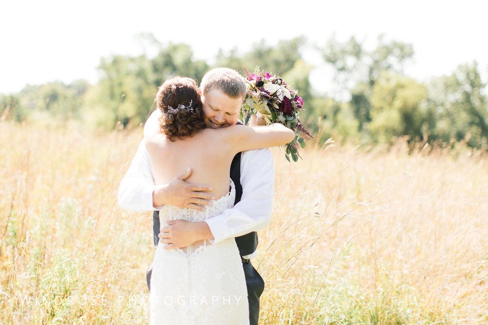 Zumbrota-Country-Wedding-Minnesota-Wedding-Photographer-6.jpg