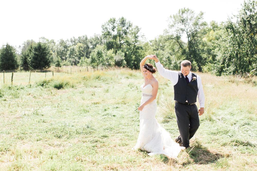 Zumbrota-Country-Wedding-Minnesota-Wedding-Photographer-12.jpg