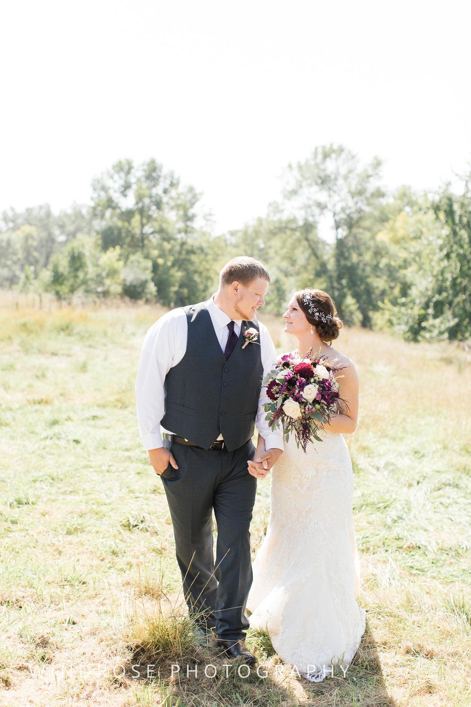 Zumbrota-Country-Wedding-Minnesota-Wedding-Photographer-16.jpg