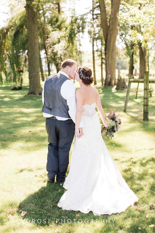 Zumbrota-Country-Wedding-Minnesota-Wedding-Photographer-18.jpg