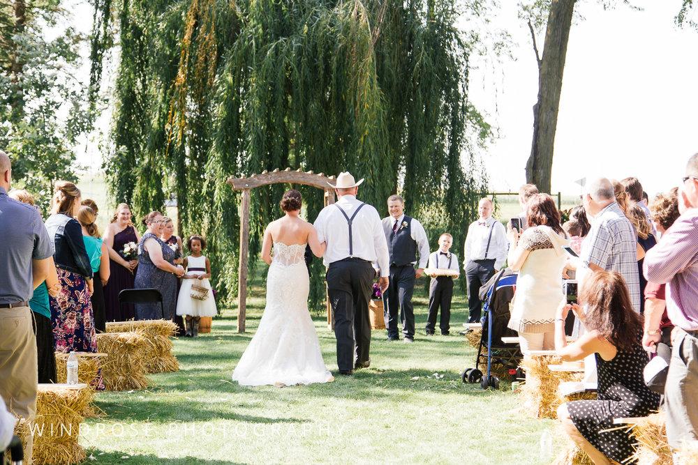 Zumbrota-Country-Wedding-Minnesota-Wedding-Photographer-24.jpg