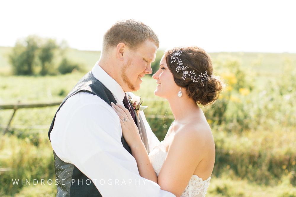 Zumbrota-Country-Wedding-Minnesota-Wedding-Photographer-31.jpg