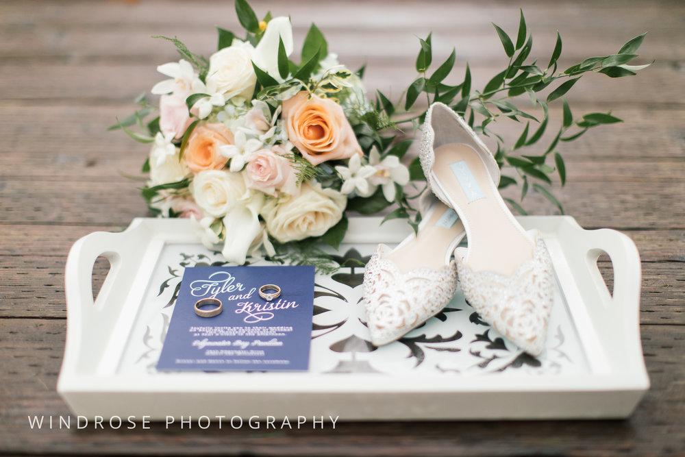 Albert-Lea-Edgewater-Bay-Pavilion-Minnesota-Wedding-Photographer-1.jpg