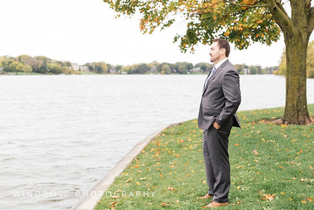 Albert-Lea-Edgewater-Bay-Pavilion-Minnesota-Wedding-Photographer-5.jpg