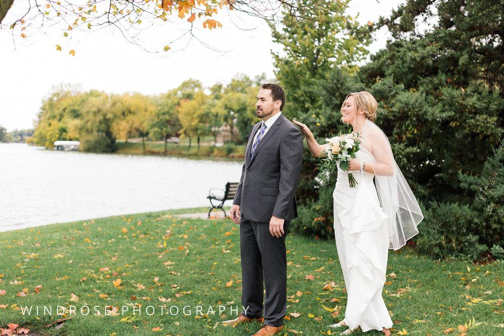 Albert-Lea-Edgewater-Bay-Pavilion-Minnesota-Wedding-Photographer-6.jpg