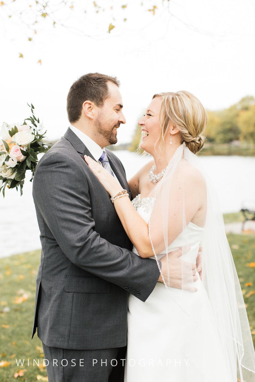 Albert-Lea-Edgewater-Bay-Pavilion-Minnesota-Wedding-Photographer-9.jpg