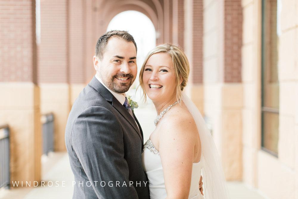 Albert-Lea-Edgewater-Bay-Pavilion-Minnesota-Wedding-Photographer-16.jpg