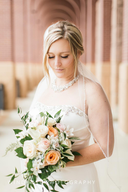 Albert-Lea-Edgewater-Bay-Pavilion-Minnesota-Wedding-Photographer-22.jpg