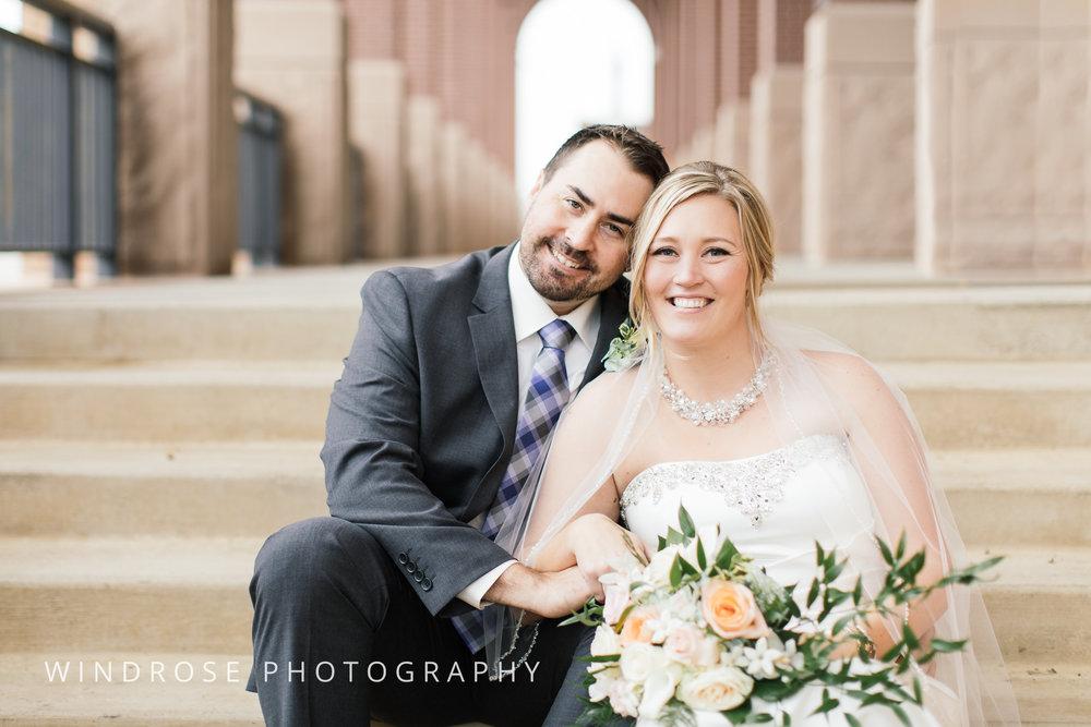 Albert-Lea-Edgewater-Bay-Pavilion-Minnesota-Wedding-Photographer-23.jpg