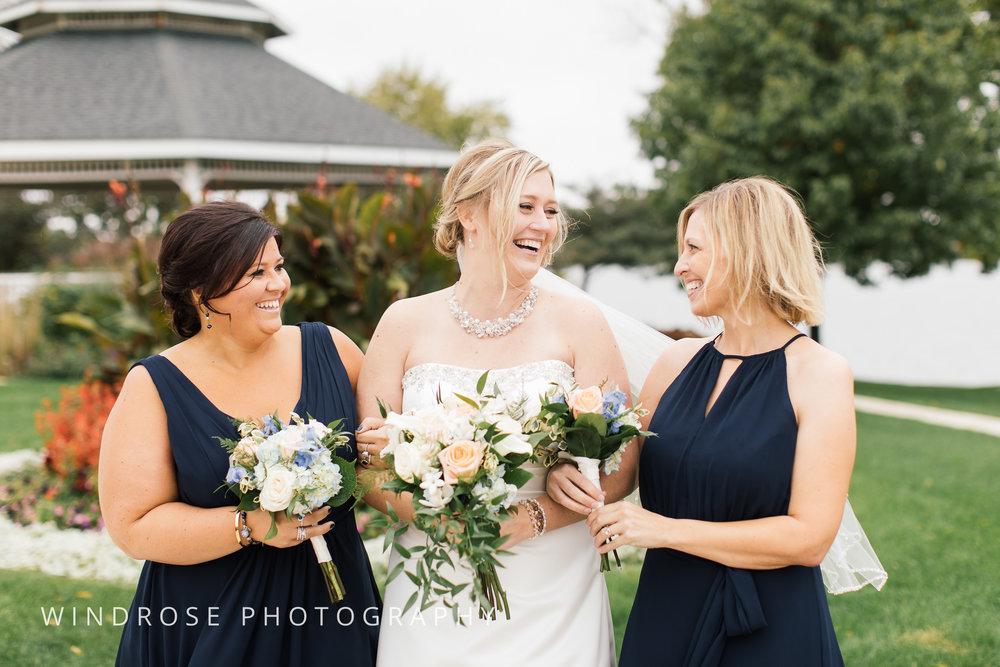 Albert-Lea-Edgewater-Bay-Pavilion-Minnesota-Wedding-Photographer-24.jpg