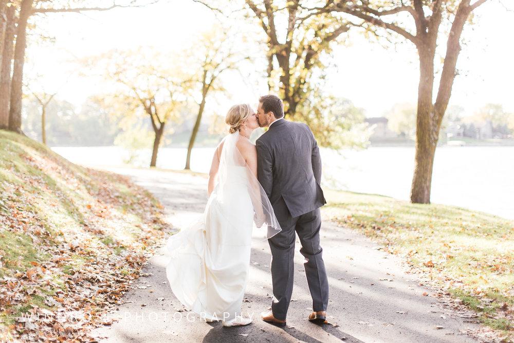 Albert-Lea-Edgewater-Bay-Pavilion-Minnesota-Wedding-Photographer-31.jpg