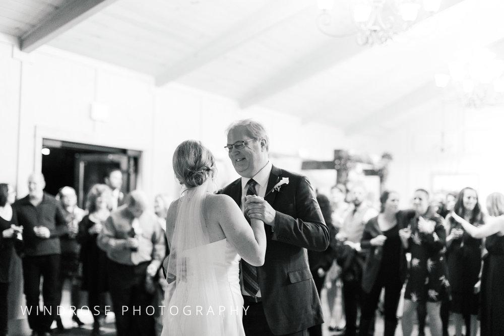 Albert-Lea-Edgewater-Bay-Pavilion-Minnesota-Wedding-Photographer-36.jpg