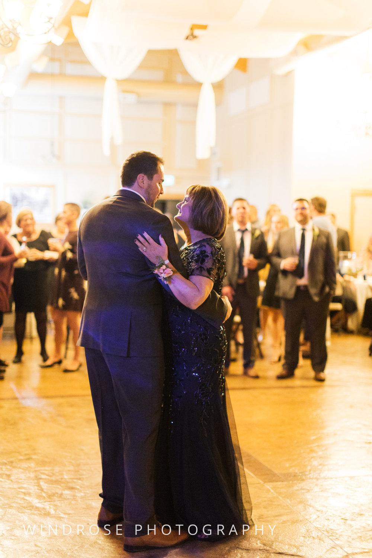 Albert-Lea-Edgewater-Bay-Pavilion-Minnesota-Wedding-Photographer-37.jpg