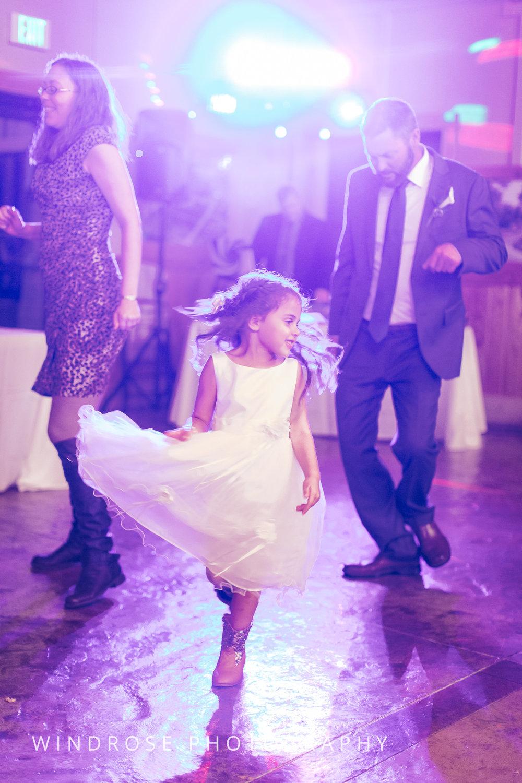 Albert-Lea-Edgewater-Bay-Pavilion-Minnesota-Wedding-Photographer-38.jpg