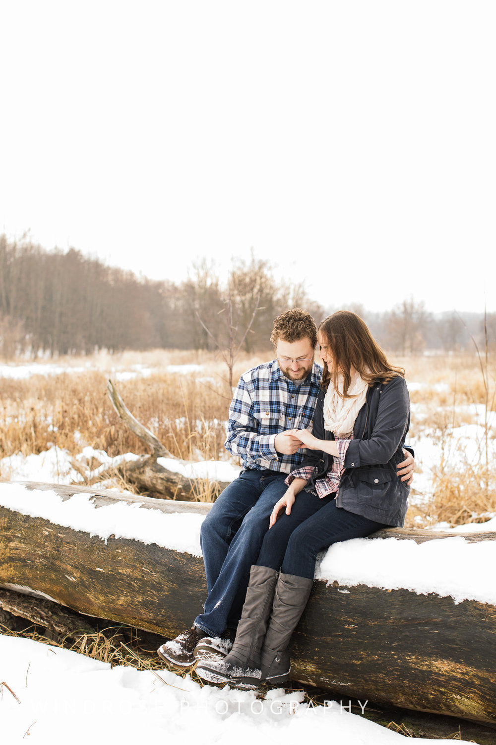 Quarry-Hill-Winter-Engagement-Photo-Session-12.jpg