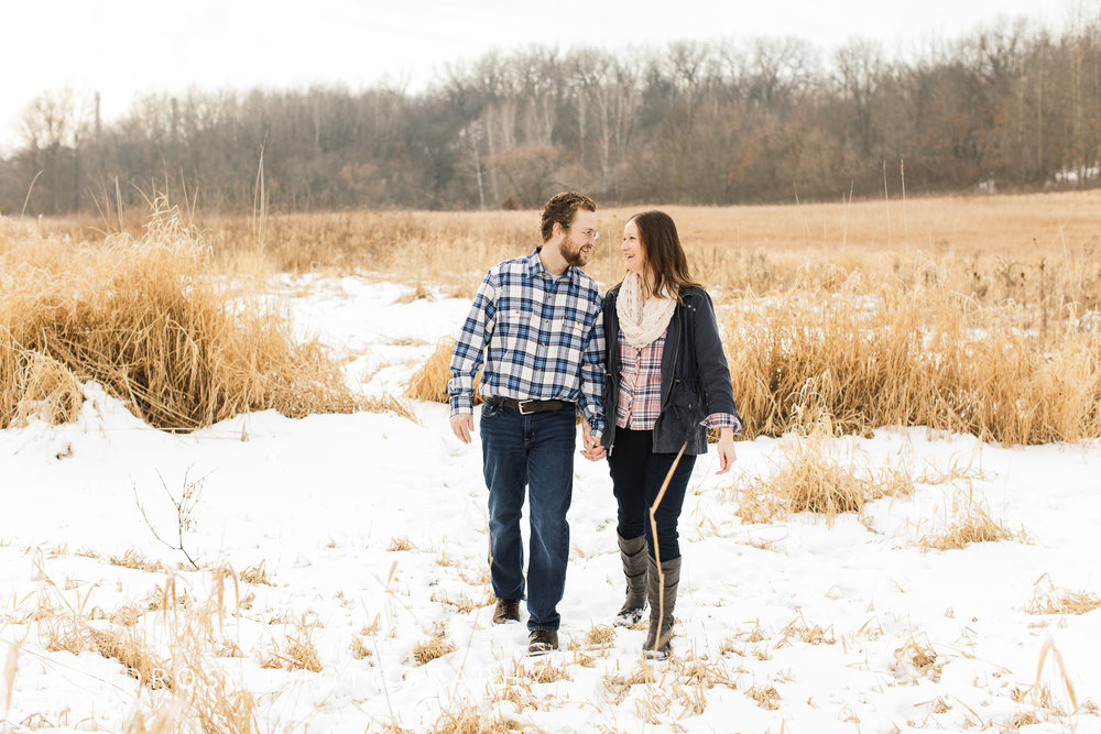 Quarry-Hill-Winter-Engagement-Photo-Session-18.jpg