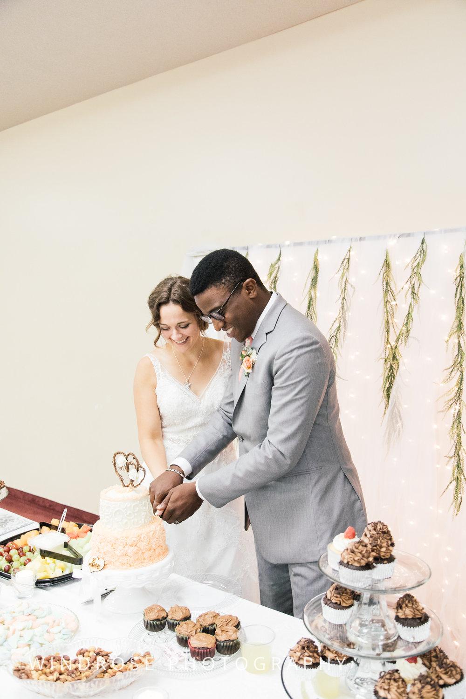 Wedding-August-Rochester-MN-32.jpg