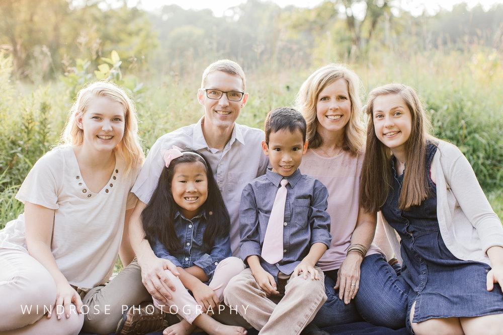 Family-Portrait-Quarry-Hill-Rochester-MN-14.jpg