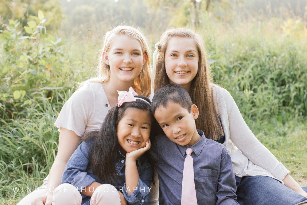 Family-Portrait-Quarry-Hill-Rochester-MN-15.jpg