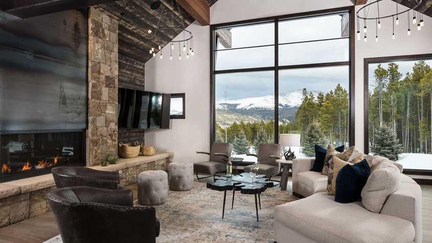 breckenridge-residence-swift_landing-great_room-uhd.jpeg