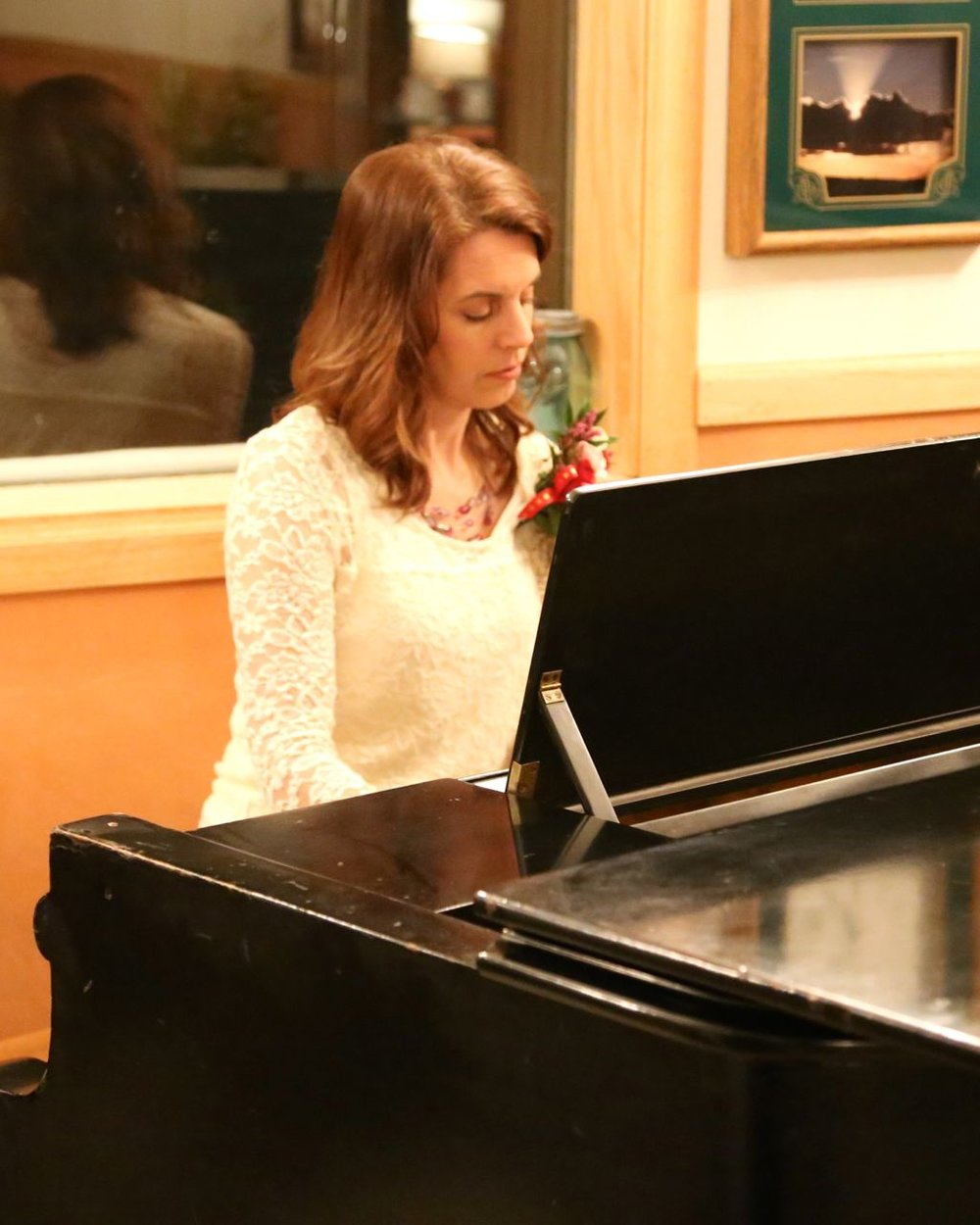- And Robin Reinhold provided beautiful dinner music. The Valentine Banquet at RBR was certainly a delight.