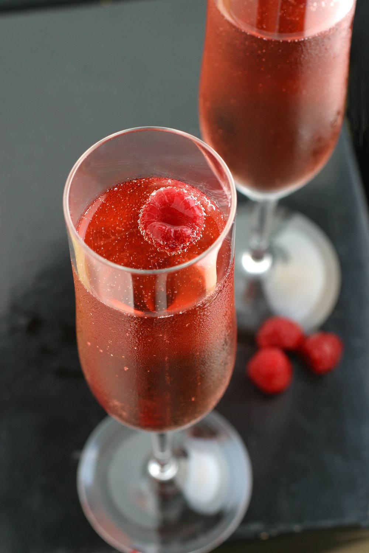 Pink-Champagne-with-Raspberry-182146074_2048x3072.jpeg