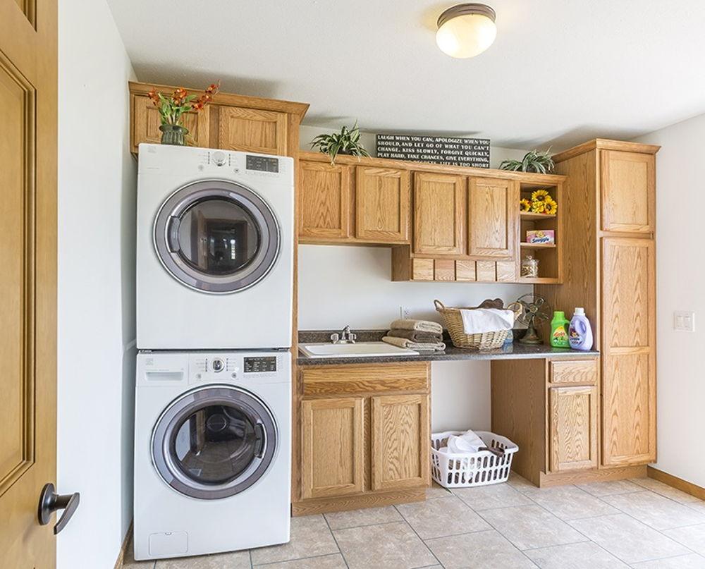 rh-pr-6544-8583 laundry.jpg