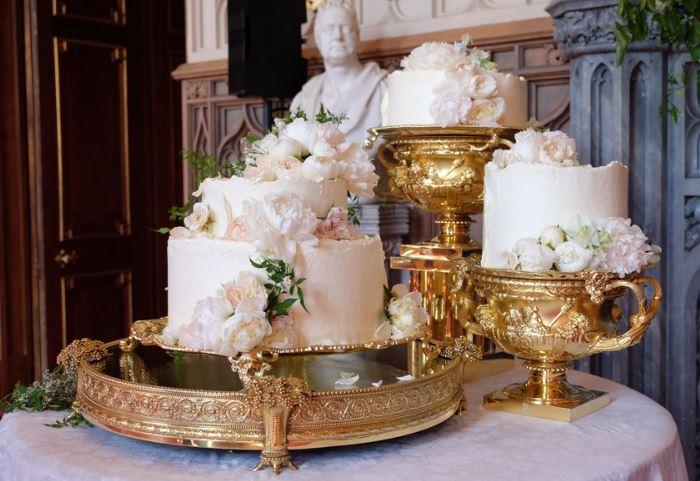 meghan cake.JPG