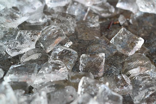 ice-cubes-1194502_640.jpg