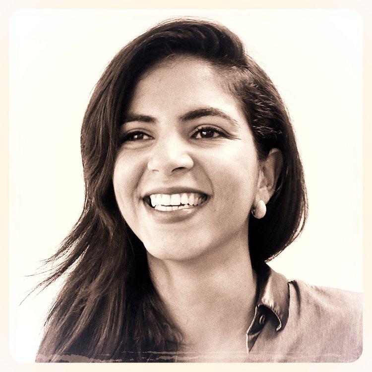 Denice   Née au Venezuela, Denice Lehman part seule étudier aux Etats-Unis à l'âge de seize ans à l'Université du Minnesota. Attirée par la richesse culturelle passée et présente de la France, elle décide de continuer ses études à Paris où elle obtient son diplôme d'architecture à l'ENSA Paris Malaquais. Elle fait ses armes dans différents cabinets d'architecte notamment chez Fuksas, où elle comprend dans l'éclectisme des talents mis en commun que l'architecture n'a plus de frontière stricte. Au Sein de notre département création depuis 2015, Denice apporte son savoir faire dans la conception et la maitrise architecturale. Passionnée d'architecture expérimentale et en quête de sens pour chacun de ses projets, elle s'efforce d'apporter aux scénographies une dimension pluridisciplinaire.