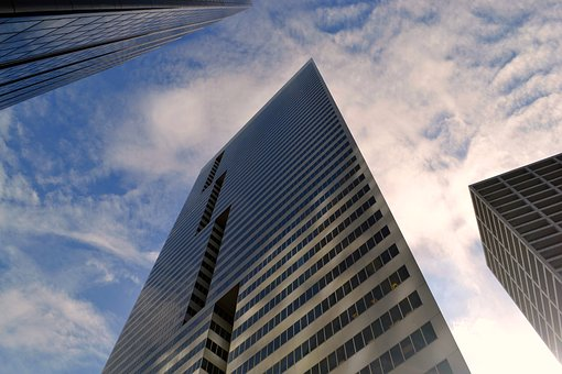 skyscraper-3302027__340.jpg