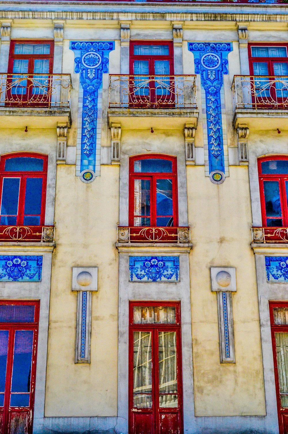 Tiled Home Porto.jpg