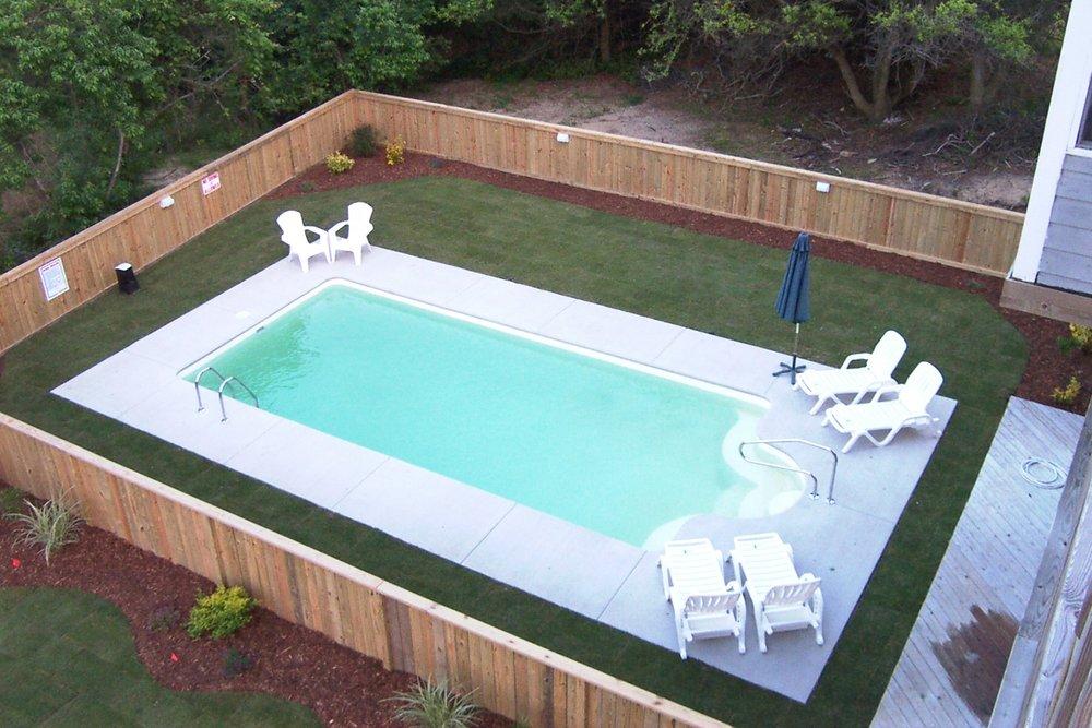overhead-view-pool-14x32--pool-yard_2893188504_o.jpg