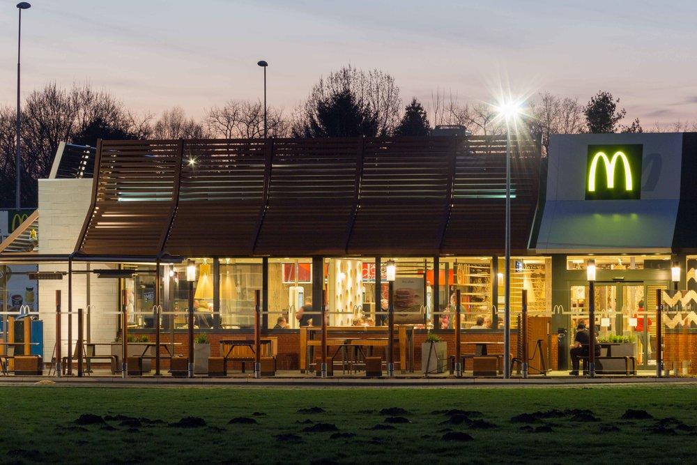 McDonalds-Mol-Alexis-Breugelmans-006.jpg
