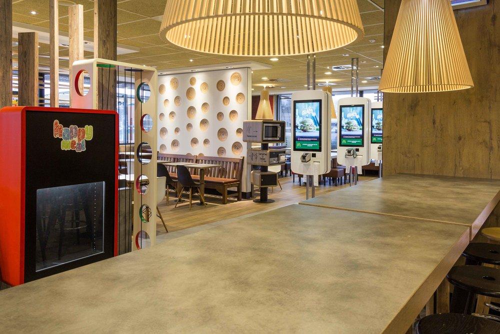 McDonalds-Mol-Alexis-Breugelmans-007.jpg
