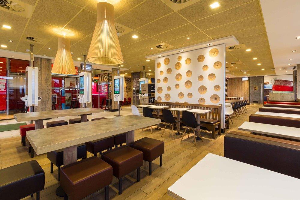 McDonalds-Mol-Alexis-Breugelmans-012.jpg