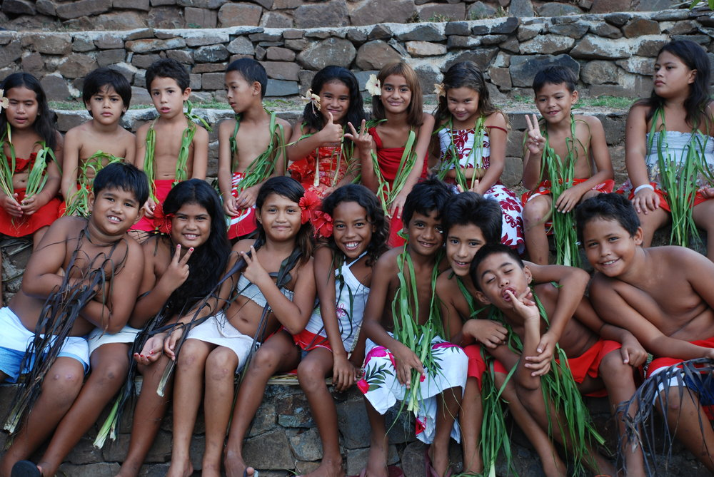 Young Polynesians learning about traditional practices and the environment during a workshop at the Atitia Center.