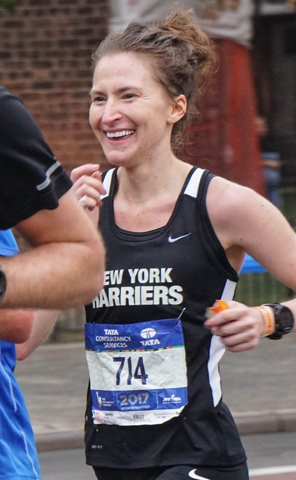 Jenny Murphy en route to breaking three hours, a new PR