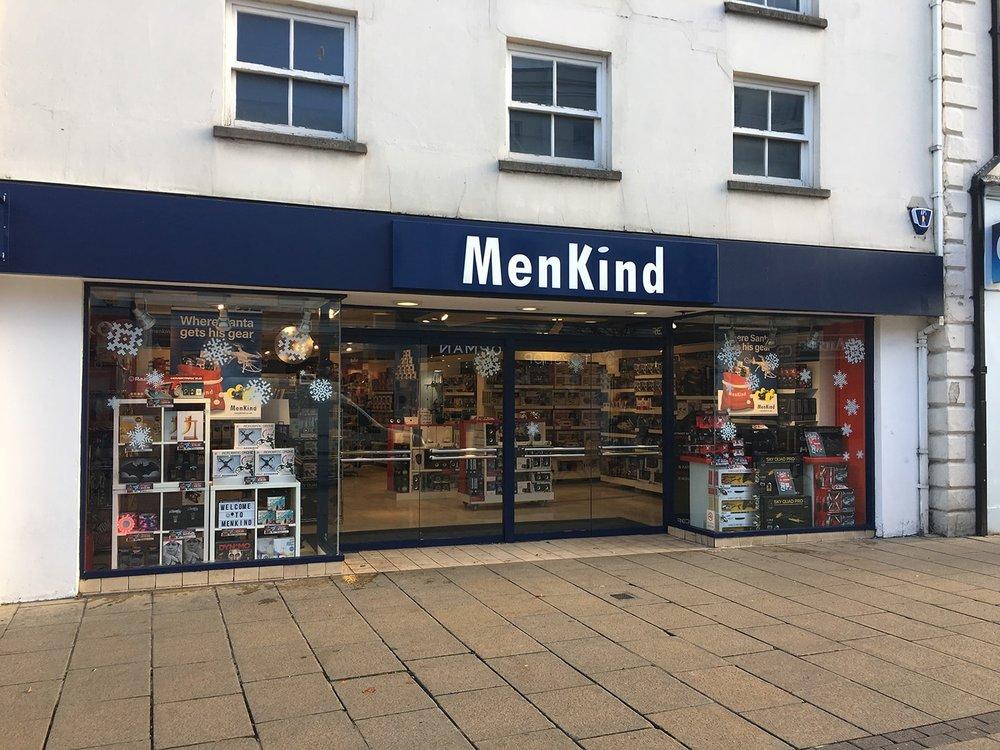 Store_front_window_cleaning_Cheltenham-min.JPG