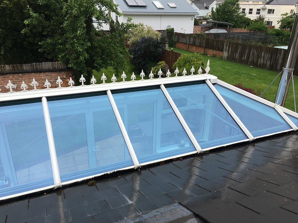 Conservatory_cleaning_flat_roof_bishops_cleeve.jpg