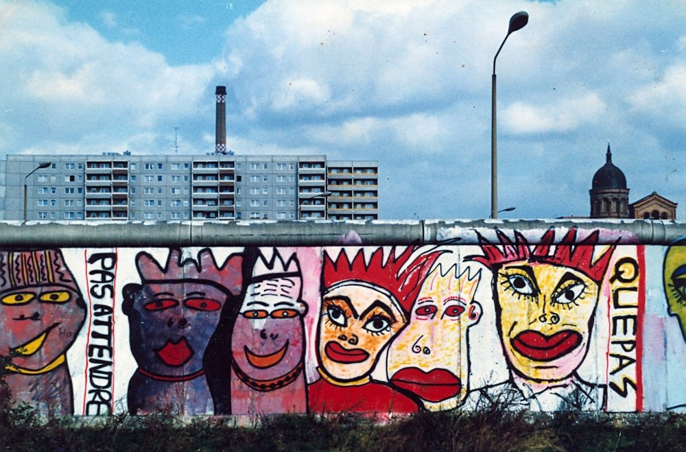 west-berlin-wall-waldemarstrasse84.jpg