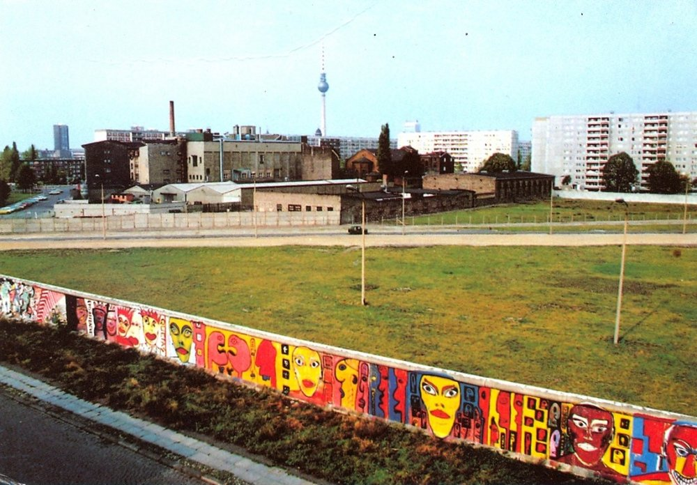 west-berlin-wall_citny-1024x713.jpg